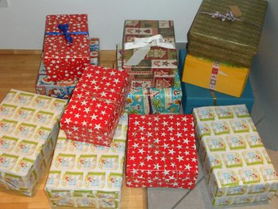 Xmas shoebox donations welcome here!